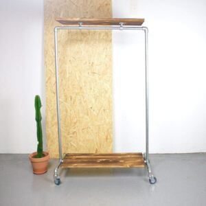 ZIITO RD - Clothes rack on wheels with two wooden shelves