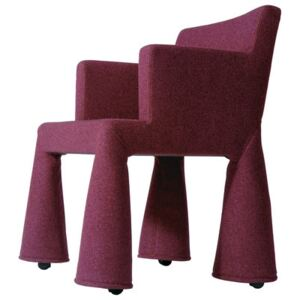 V.I.P. Chair Armchair on casters by Moooi Pink